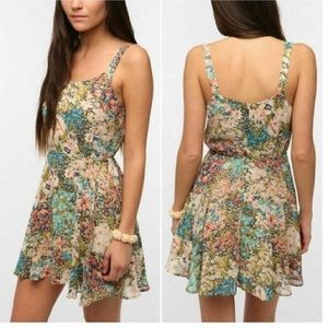 (NWT) Lucca Couture Floral Mini Dress